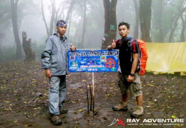 Pendakian puncak gunung Manglayang