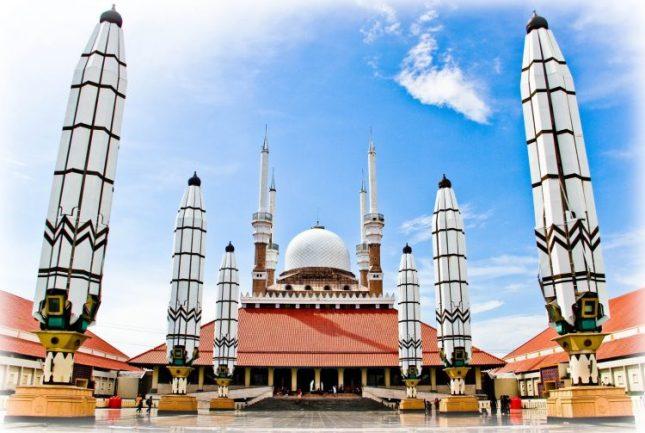 Wisata religi Masjid Agung Semarang Jawa Tengah