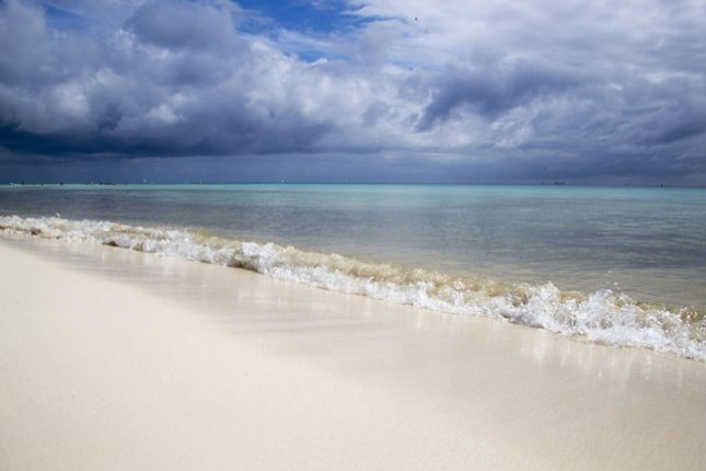 Wisata pantai di Jawa Tengah yang terkenal