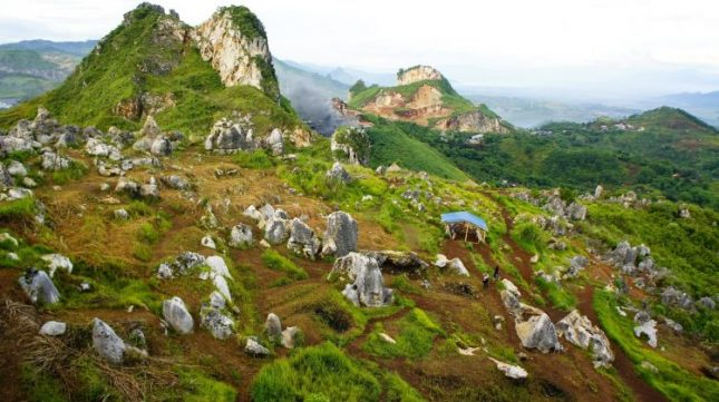 Tempat liburan di Bandung : Stone Garden Padalarang