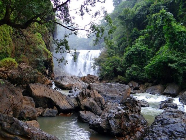 Tempat liburan di Bandung yang belum banyak diketahui wisatawan