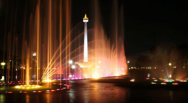 Tugu Monumen Nasional di Jakarta