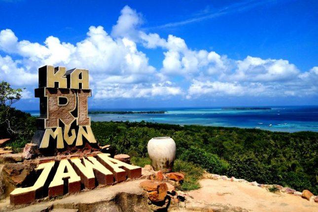 Wisata alam Taman Nasional Karimunjawa