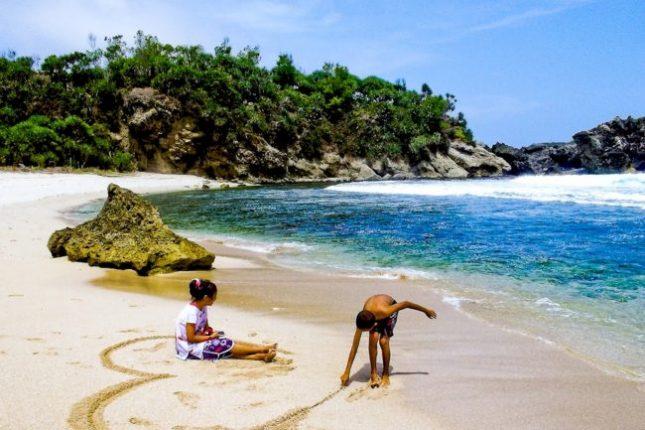 Aktivitas yang bisa dilakukan di pantai Indrayanti