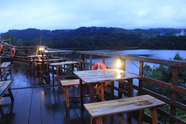 Wisata Glamping Lakeside Bandung
