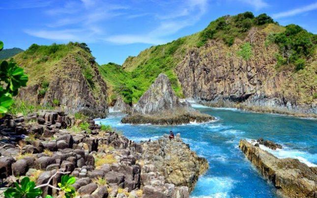 Destinasi wisata pantai Semeti Lombok