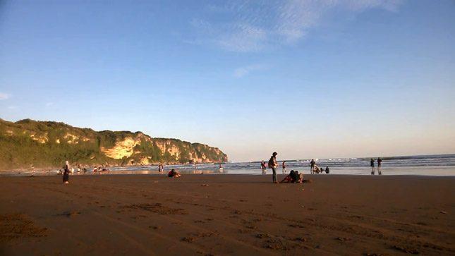 Keindahan sore di pantai Parangtritis