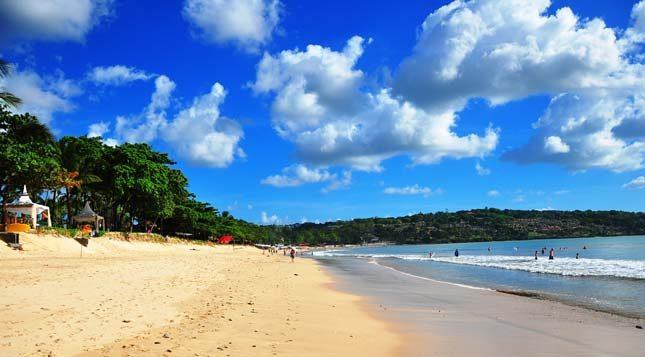 Pasir pantai Jimbaran Bali