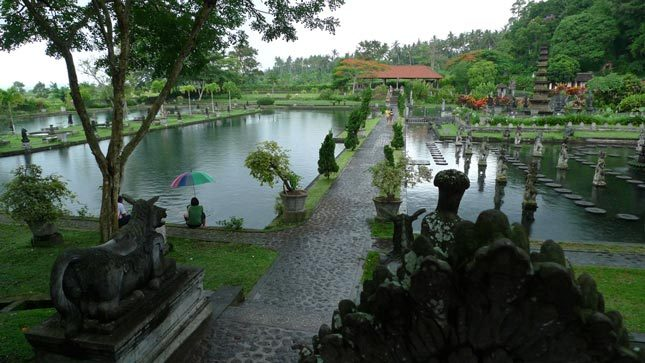 Objek wisata Tirta Gangga