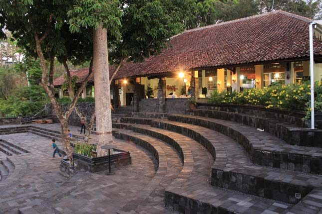Boko Sunset Resto