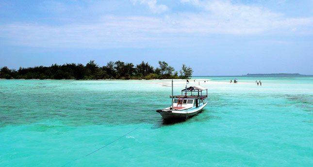 Destinasi wisata kepulauan Karimunjawa Jepara