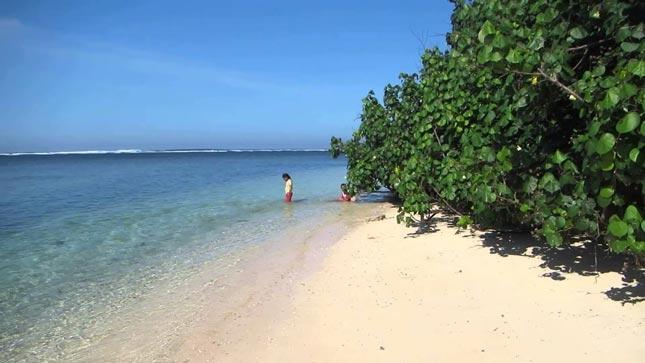 Pantai tenda biru Sukabumi