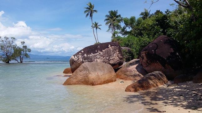 Wisata pantai di Banyuwangi Jawa Timur