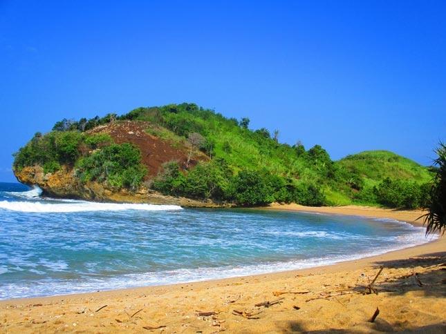 Pantai Keben di Blitar Jawa Timur