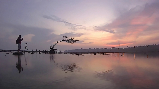 Wisata pantai Lorena di Lamongan