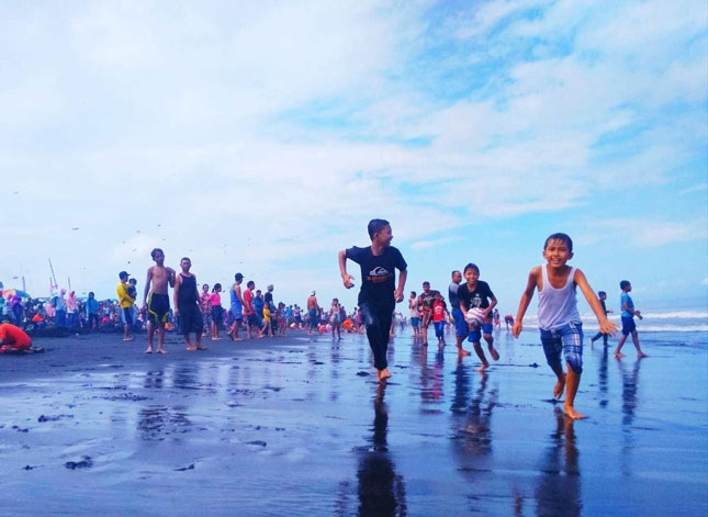 Wisata pantai Paseban