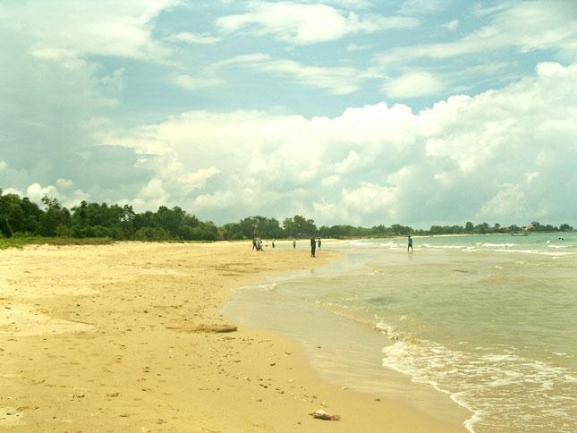 Wisata pantai Siring Kemuning