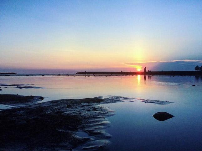 Sunset di pantai Ayah / Logending