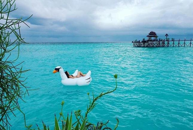 Wisata pantai di Kalimantan