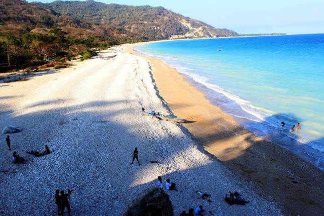 Destinasi wisata pantai di NTT
