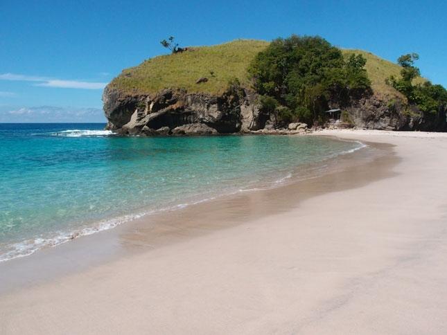 Wisata pantai Koka Maumere