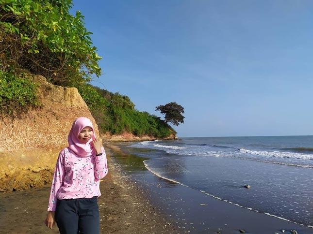 Pantai Lemah Abang Eretan Indramayu