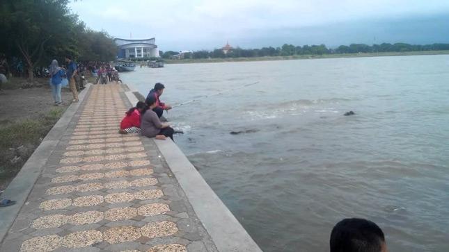 Wisata pantai Marina Semarang