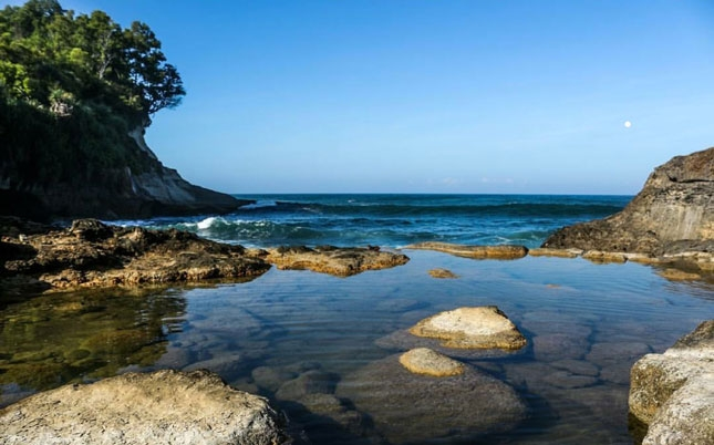 Keunikan pantai Ngandul