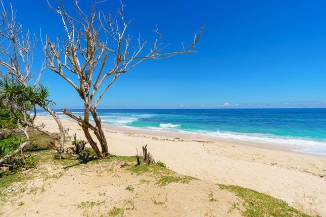 Wisata tersembunyi pantai Nyang-Nyang