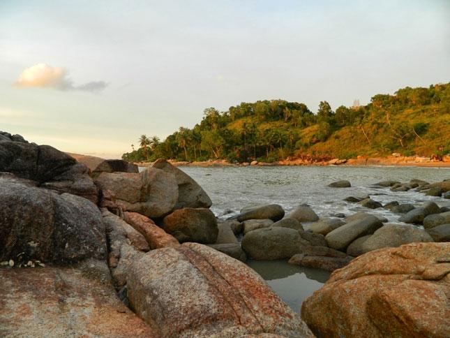 Wisata pantai Tanjung Bajau Singkawang