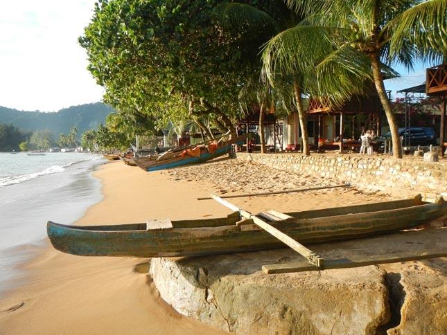 Destinasi wisata pantai Bungus Padang