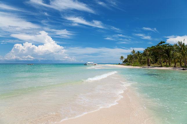 Wisata pantai di Aceh