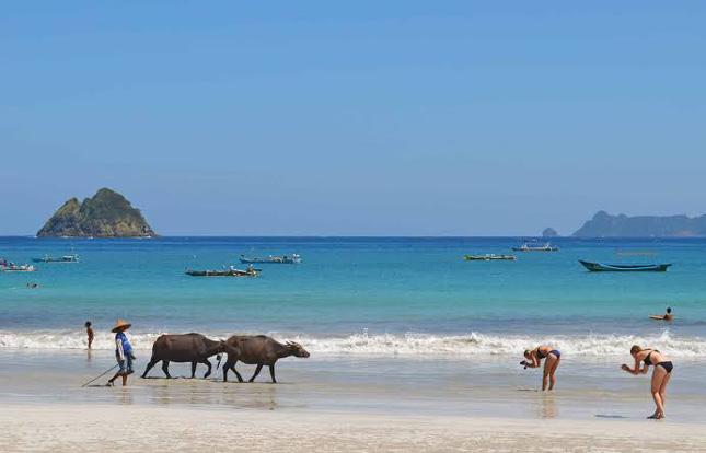 Destinasi wisata pantai di Medan Sumut