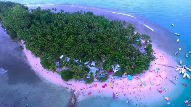 Wisata pantai di Padang Sumatera barat