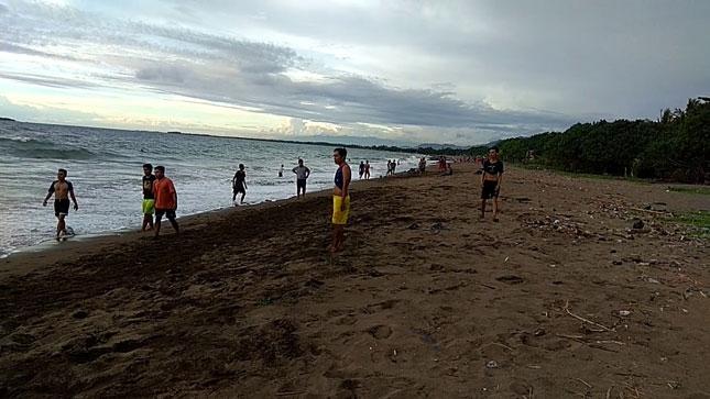 Destinasi pantai Gajah Padang