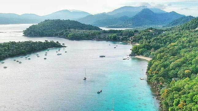 Destinasi wisata unggulan pantai Iboih Sabang