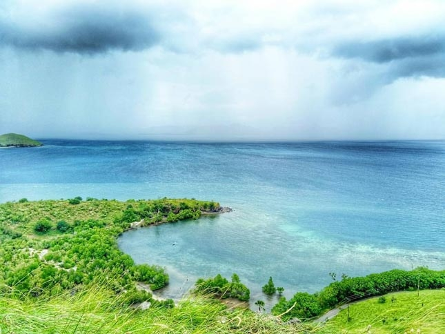 Destinasi pantai Kajuwulu Flores