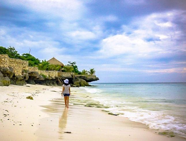 Destinasi pantai Kawona di Sumba