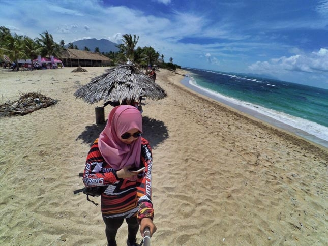 Wisata pantai Laguna Helau di Kalianda