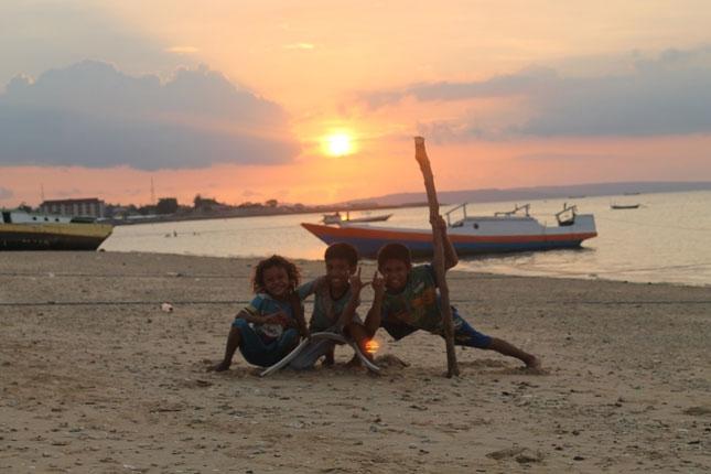 Sunset pantai Pasir Panjang Kupang
