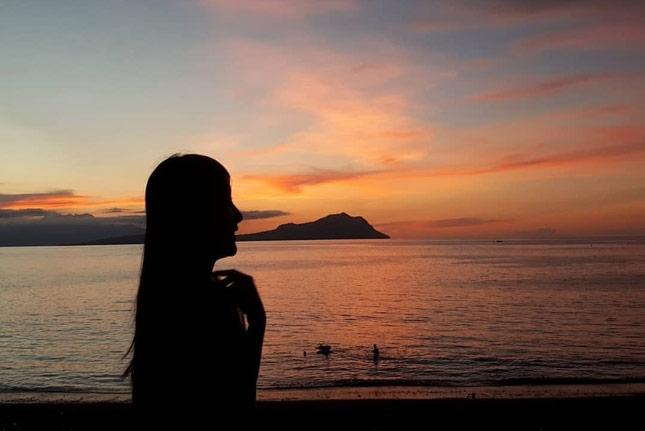 Sunset di pantai Ria Ende