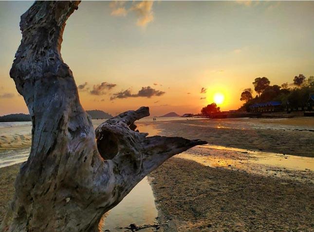 Sunset di pantai Setokok Barelang