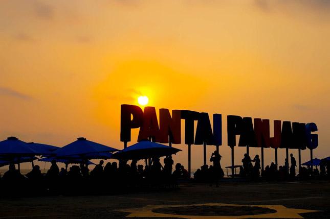 Sunset di pantai Panjang Bengkulu