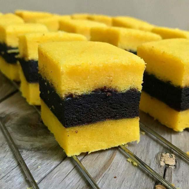 Brownies labu kuning khas Banjarmasin
