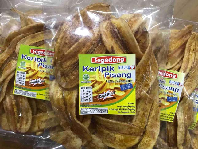 Oleh-oleh keripik pisang Segedong