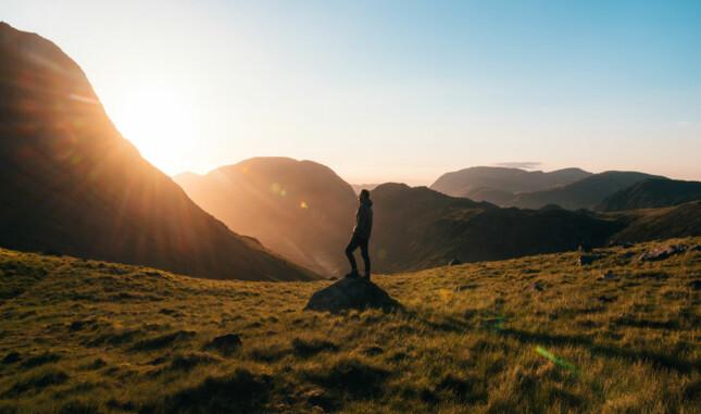 Kenapa orang mau capek-capek naik gunung ?