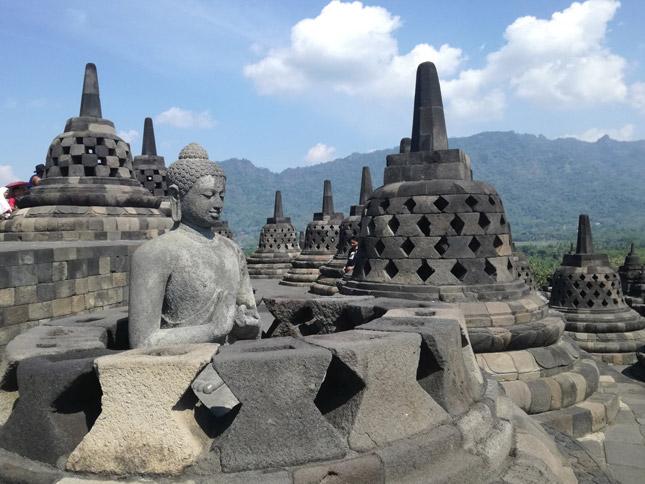 Peninggal sejarah candi Borobudur