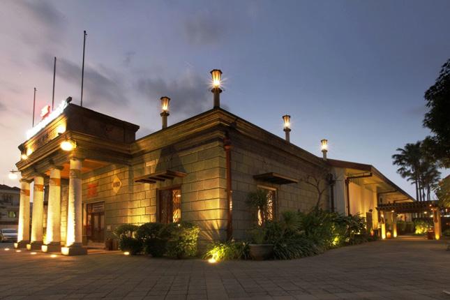 Tempat wisata bersejarah di Indonesia : House of Sampoerna