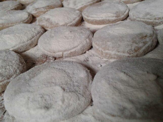 Jajanan kue Geplak khas Betawi